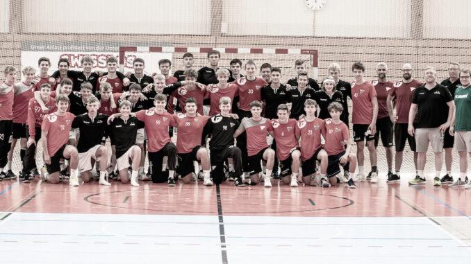 Porträtfoto U17 Elite HSG Nordwest mit A-Jugend Göppingen